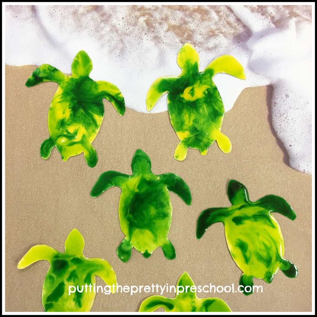 Shiny corn syrup painting on green sea turtle hatchlings.