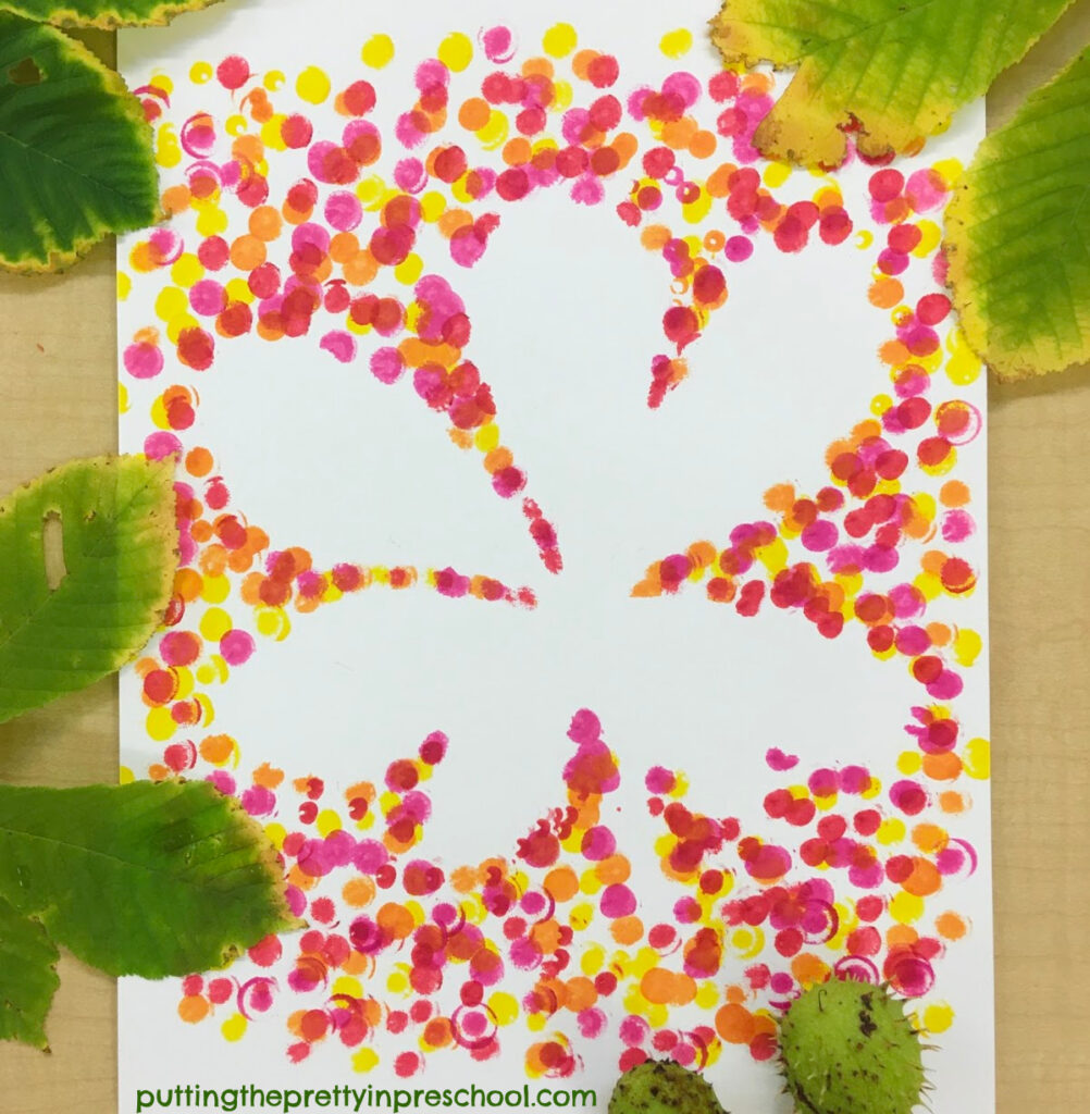 Horse chestnut leaf dot marker art.